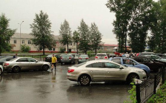 Автостоянки стадиона «Шахтер»