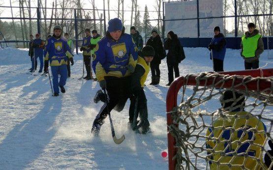 На «Шахтере» хоккей на валенках